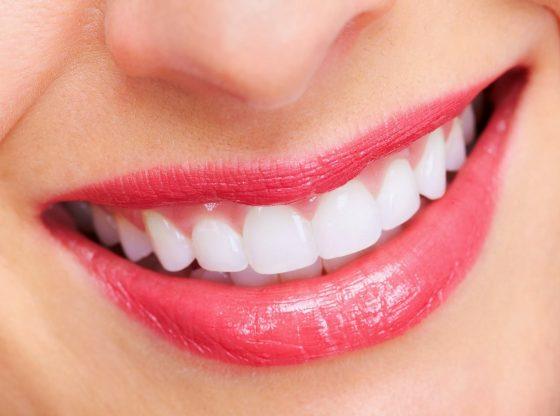 Chăm sóc răng miệng là điều rất cần thiết để duy trì sức khỏe tốt