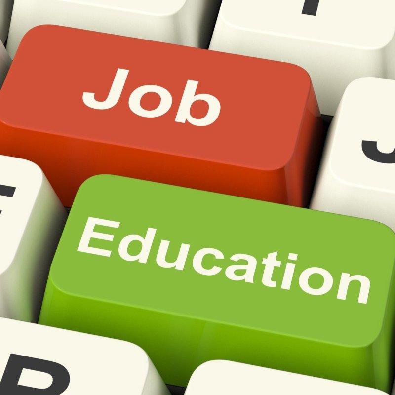Kiến thức hỗ trợ chúng ta trong học tập và làm việc