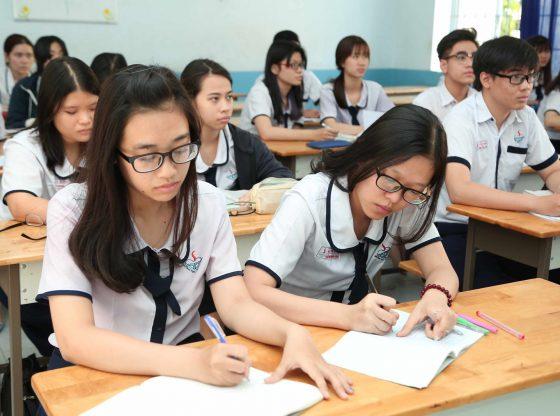 Kiến thức phổ thông trong trường lớp rất quan trọng với thí sinh